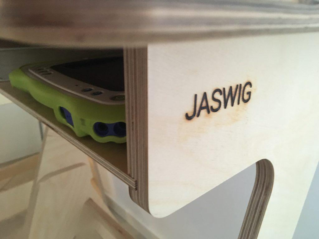 JASWIG – houten stabureau voor kids